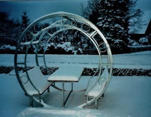 Sitzgruppe im Winter