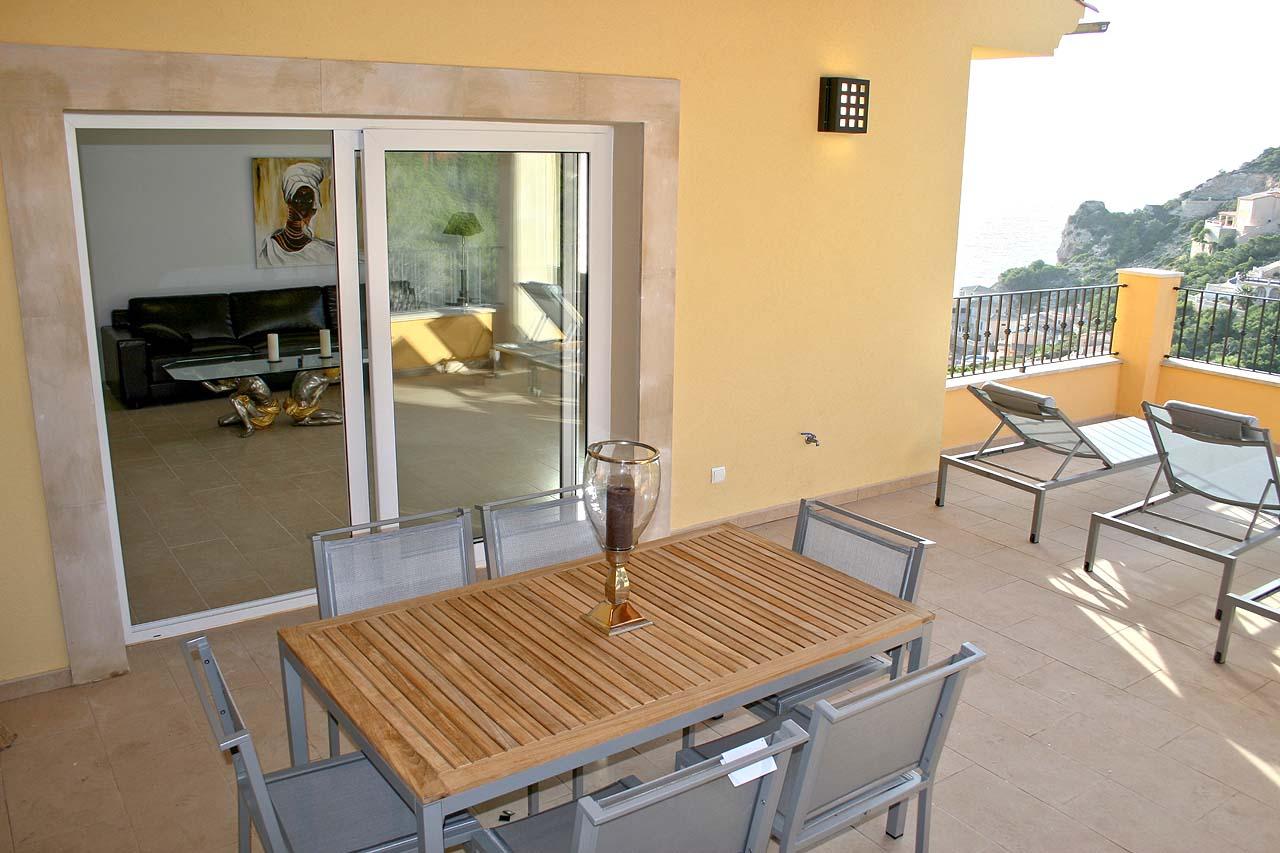 Immobilie des Monats Januar 2015 – Luxuriöse Meerblick-Wohnung in Puerto de Andratx
